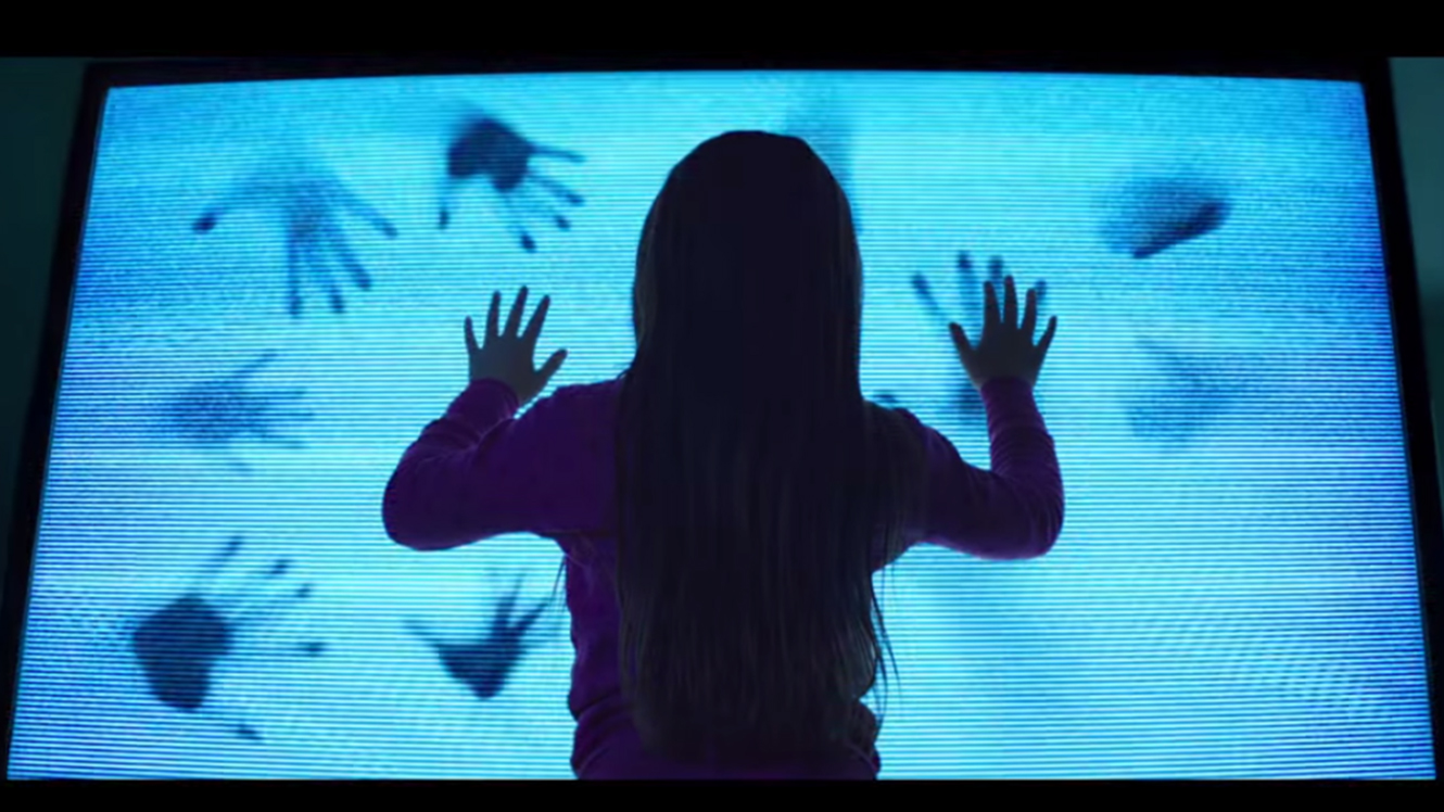 """Poltergeist"" (2015) Review"